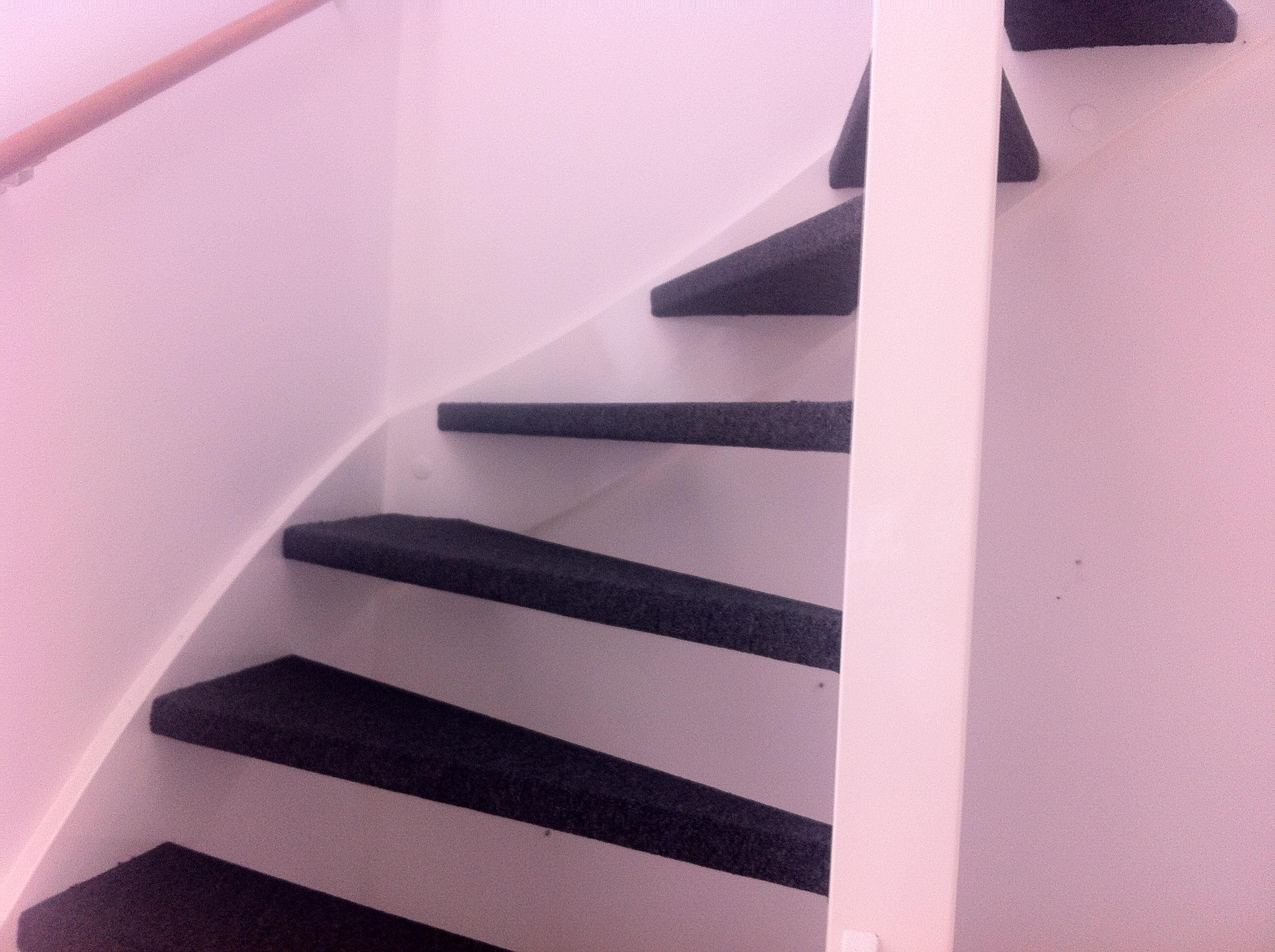 Trap Tapijt Leggen : Welk tapijt trap een trap schoonmaken en ontvetten decopedia van